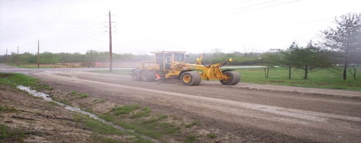 Picture of Grader on Road
